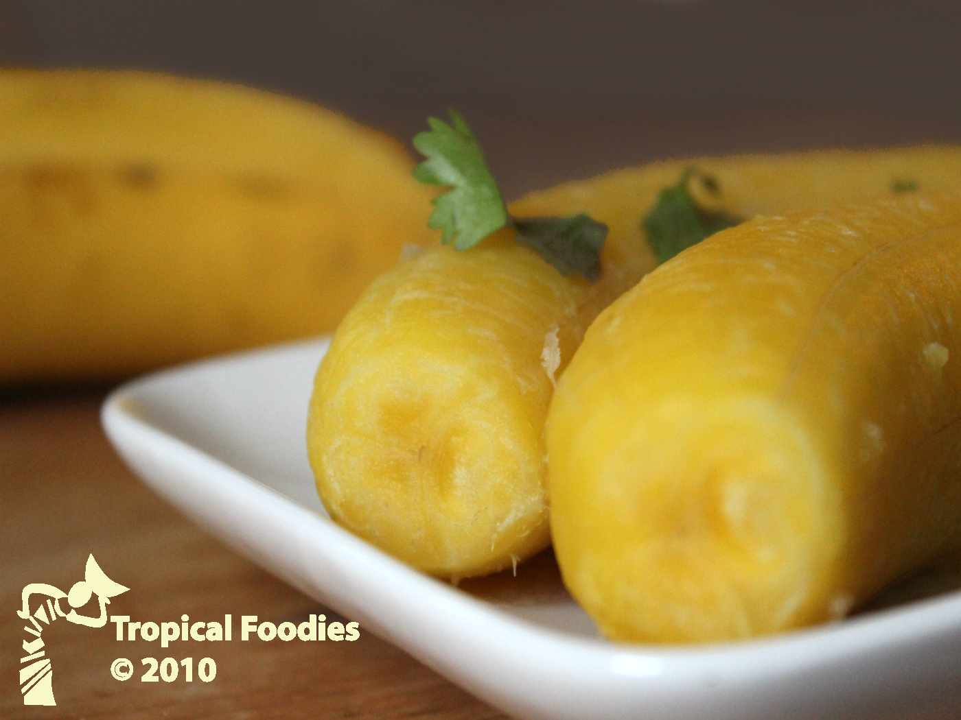 Boiled plantains, as easy as 1, 2, 3 and they are delicious too..