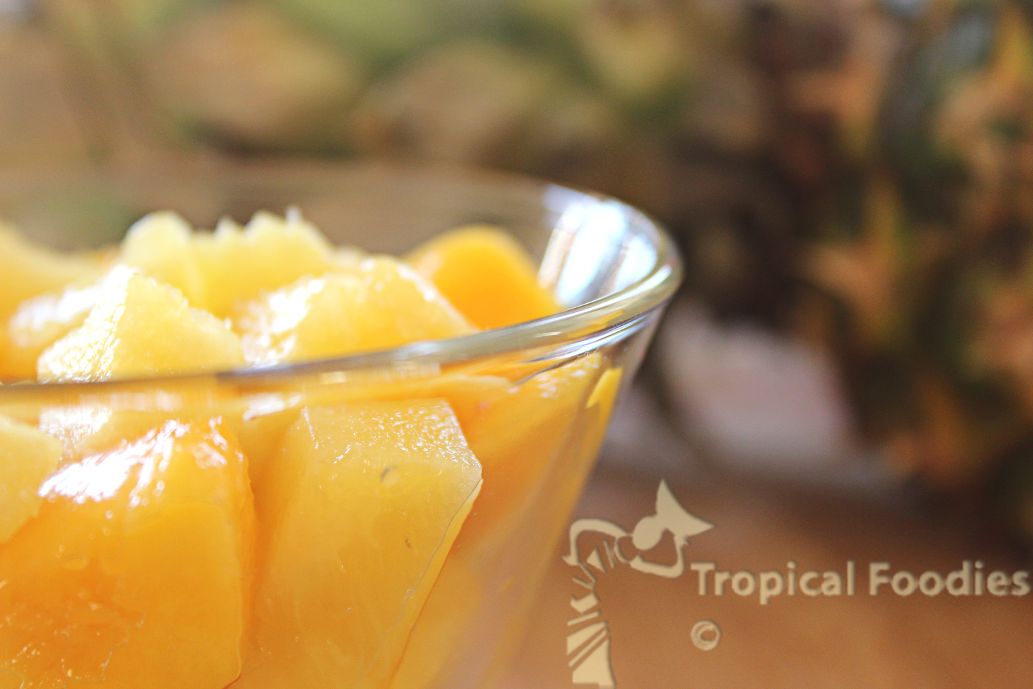 Pineapple, mango, what an enchanting duo!